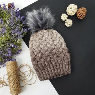 Bregoli design вязаная теплая шапка без отворота с серым бубоном цвет градиент
