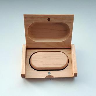 USB флешка овальная деревянная в коробке, клен 16GB