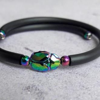 Черный браслет в стиле минимализм с кристаллом Swarovski жуком-скарабеем, талисман удачи