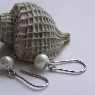 Серьги, серебро и натуральный пресноводный белый жемчуг
