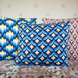 Подушка с вышивкой Барджелло