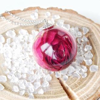Кулон с розой, роза в эпоксидной смоле, подвеска с живым цветком, подарок для девушки