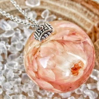 Кулон с сухоцветом, подвеска с розовым гелихризумом в эпоксидной смоле, розовая подвеска, подарок