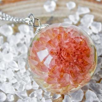 Цветок в эпоксидной смоле, кулон с гомфреной, розовый кулон, подарок для мамы