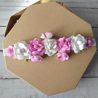 Повязочка для малышки с цветами из фоамирана