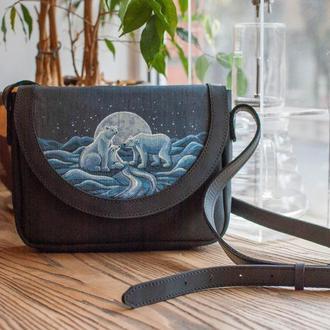 Кожанная сумочка кросс боди в этно стиле с росписью