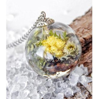 Кулон с живыми цветами, букет внутри кулона, подвеска из эпоксидной смолы и цветов