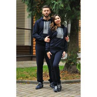 Костюм мужской и женский с вышивкой