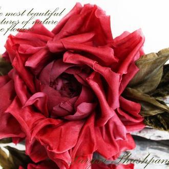 Брошь-заколка шелковая роза «Amour». Цветок из ткани.