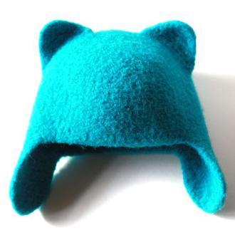 Шерстяная шапка Кошка