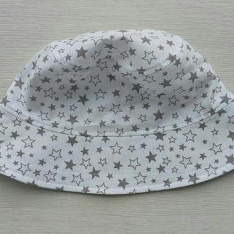 """Панамка """"Серые звезды на белом"""" 50 р."""