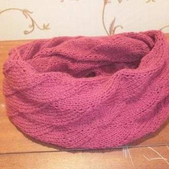 Снуд -шарф  цвета рубин