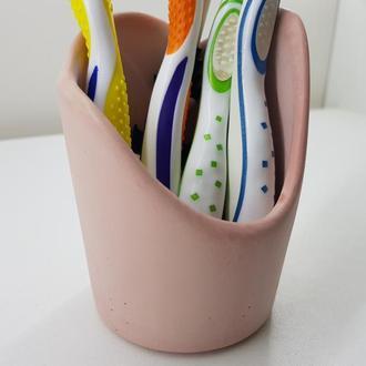 Стакан для зубных щеток из бетона - розовый