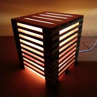 Деревянный светильник-ночник