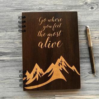 """Блокнот  """"Гора"""" в деревянной обложке"""