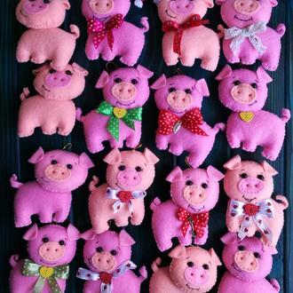 Новогодние игрушки свинка