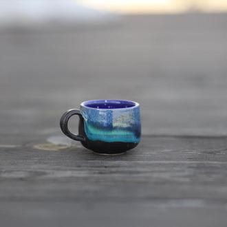 Маленькая чашка для эспрессо