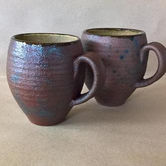 Пара керамічних гончарних чашок