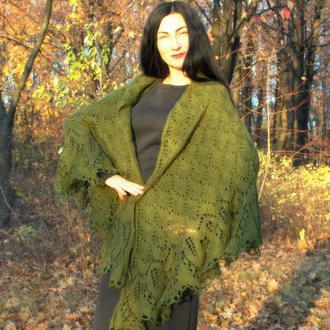 Красивейшая вязаная шаль Марианна