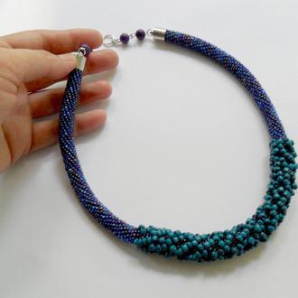 Синее элегантное бисерное колье