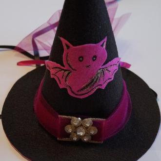 Шляпка Ведьмочки с летучей мышью
