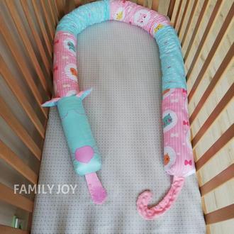 Валик 5 в 1 (защита в кроватку, кокон, подушка для беременных и кормления, тактильная игрушка)