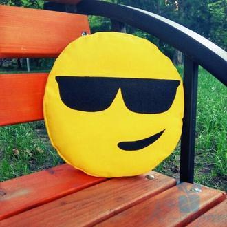 Подушка смайлик Emoji Крутой