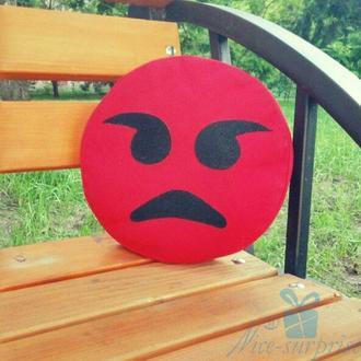 Подушка смайлик Emoji Злой