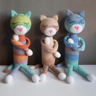 Вязаная игрушка Кот Аминеко. Подарок новорожденному мальчику и девочке. Безопасная игрушка. Сувенир.
