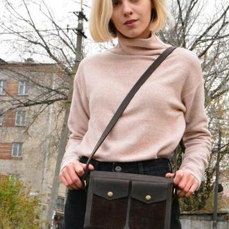 Кожаная сумочка через плечо. Маленькая кожаная сумочка цвет шоколад.  Кожаная  женская сумка .