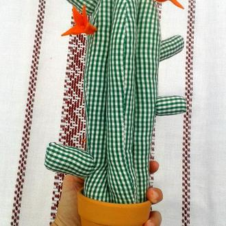 Кактус из ткани зеленый