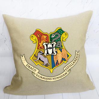"""Подушка декоративна з розписом """"Hogwarts"""""""