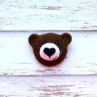 Медвежонок коричневый - валяная брошь, валяные животные