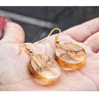 'ЗЛАТА', Серьги из дерева и эпоксидной смолы, золотые серьги, дерево и смола, круглые серьги