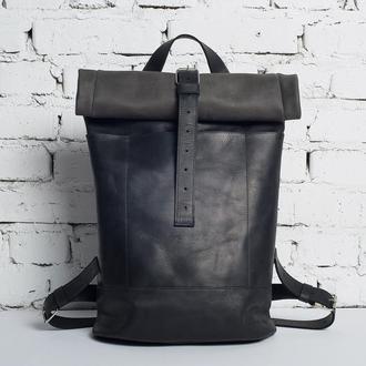 Кожаный мужской рюкзак Roll TOP (черный)