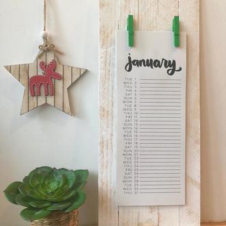 Дизайнерский календарь с зелеными прищепками на 2019 год