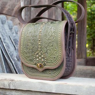 Большая кожаная этно сумка оливковая хаки с орнаментом через плечо