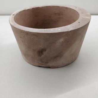 Продам кашпо из бетона - асимметрия