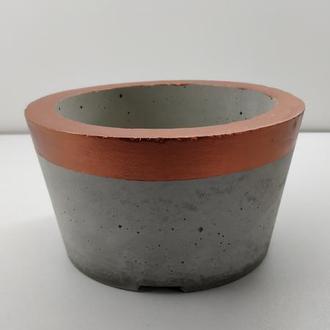 Продам кашпо из бетона - серый с медью