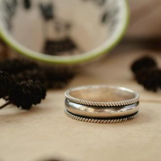 Кольцо серебряное витое