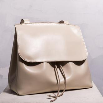 Женская сумка Passion из светлой глянцевой кожи