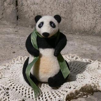 Панда валяная игрушка панда игрушка из шерсти валяние