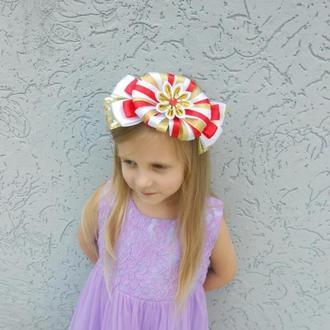 Обруч на голову конфетка для утренника Ободок из атласных лент для девочки канзаши