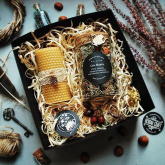 Подарунковий набір (чай з диких трав, свічка, значок)
