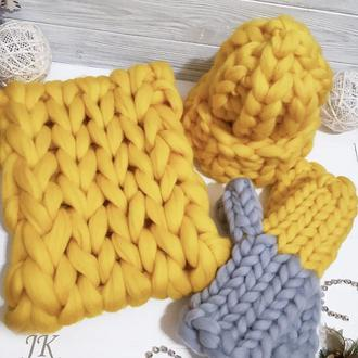 Комплект шапка, снуд и варежки из толстой мериносовой шерсти