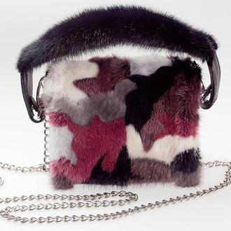 Меховая сумка из норки, декорированная кожей Крокодила, на цепочке, с норковой ручкой