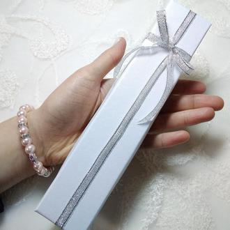 Подарочная коробочка длинная. Подарункова коробочка довга.