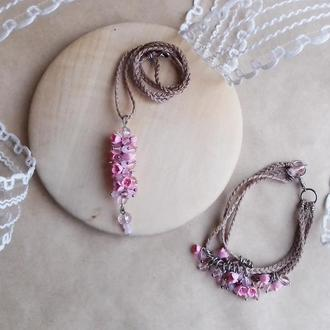 Комплект цветочных украшений, кулон и браслет с розовыми цветами