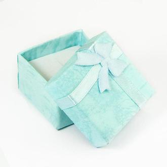 Подарочная коробочка 4,1х4,1х2,6 см., голубая