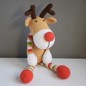 Вязаный олень.Вязаный олень Рудольф. Рождественский подарок.Интерьерная игрушка.Подарок на Рождество